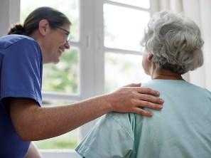 LPN with elderly female patient